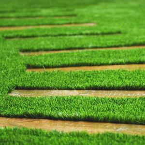 Instalación de pasto sintético para paisajismo